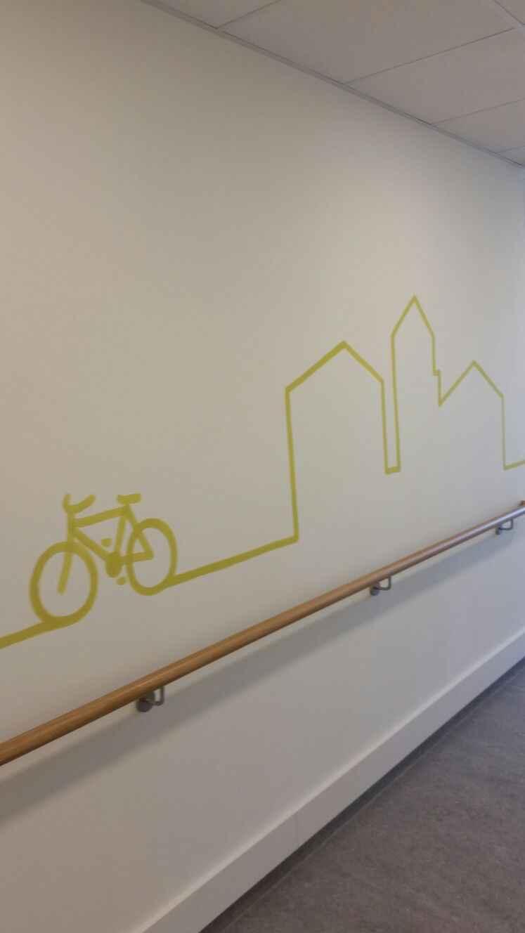 Gang 1. OG Kulturlandschaft Liniengrafik grün
