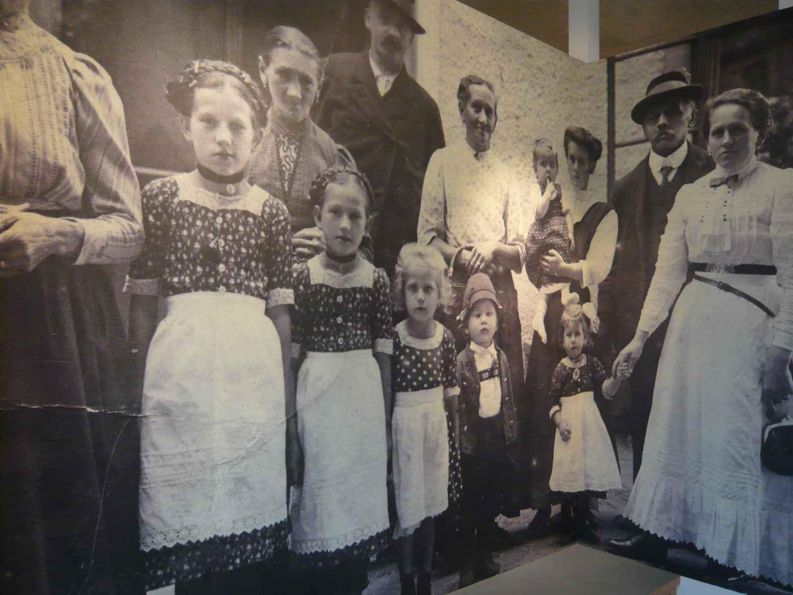historisches Foto Großfamilie