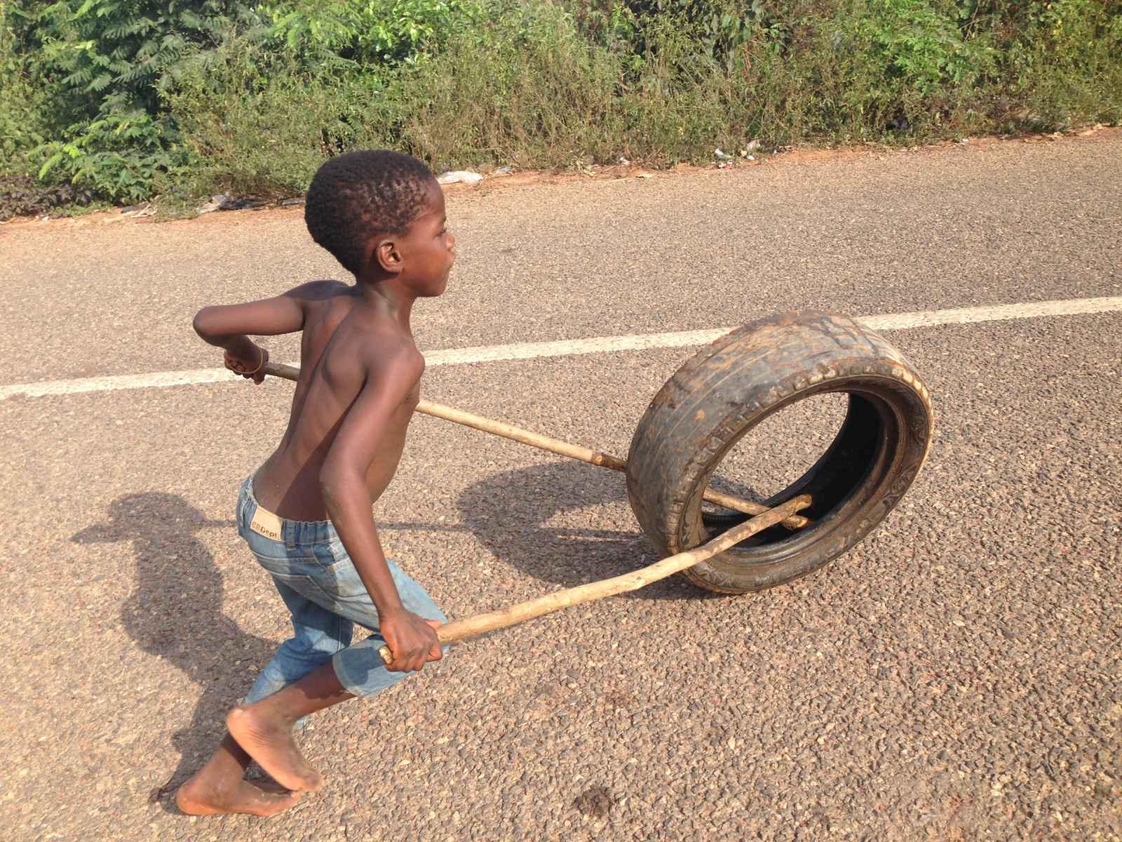 Spiel mit Reifen
